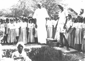 Kamaraj lays the foundation stone for the Hospital block in 1958